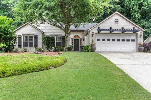 4212 Harris Ridge Court, Roswell, GA 30076 (MLS #6741448) :: The Heyl Group at Keller Williams