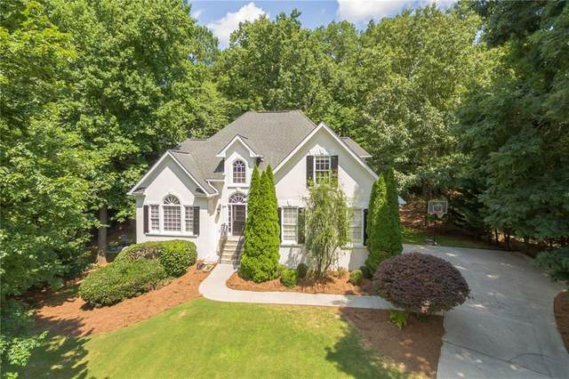5450 Hampstead Way, Johns Creek, GA 30097 (MLS #6741832) :: Dillard and Company Realty Group