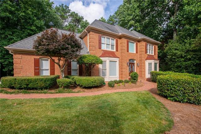 240 Weatherly Run, Alpharetta, GA 30005 (MLS #6742326) :: Kennesaw Life Real Estate
