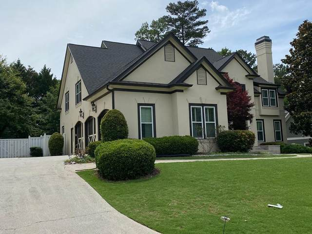 110 Steeple Gate Lane, Roswell, GA 30076 (MLS #6744371) :: The North Georgia Group
