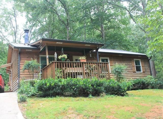 861 Brighton Drive, Lawrenceville, GA 30043 (MLS #6744511) :: North Atlanta Home Team
