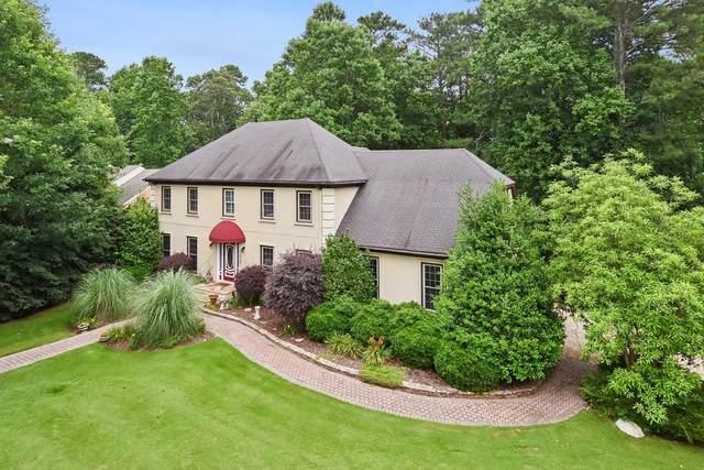 5076 Hampton Lake Drive, Marietta, GA 30068 (MLS #6744808) :: North Atlanta Home Team