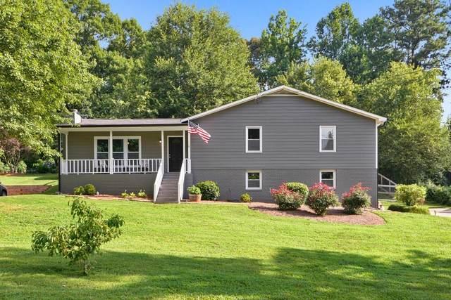 3310 Forest Creek Drive SW, Marietta, GA 30064 (MLS #6745055) :: The Heyl Group at Keller Williams