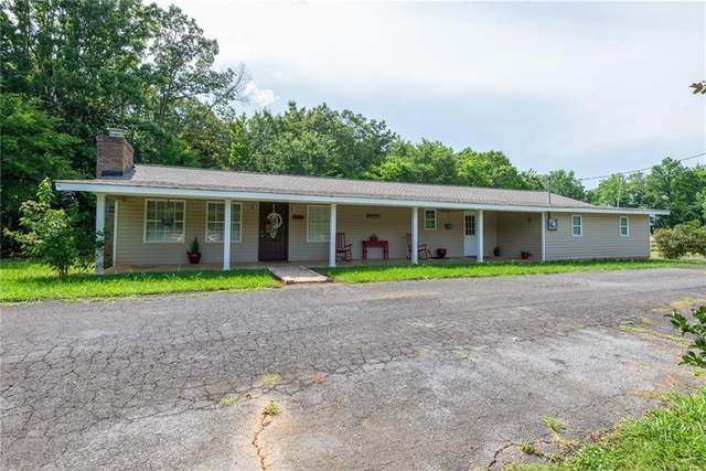 236 Azalea Street SW, Calhoun, GA 30701 (MLS #6745466) :: The Heyl Group at Keller Williams