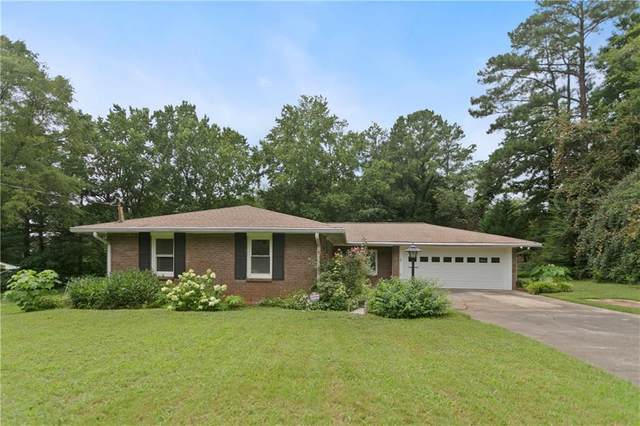 395 Crossville Court, Roswell, GA 30076 (MLS #6745475) :: Dillard and Company Realty Group