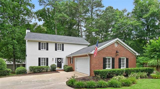 290 Seventeenth Fairway, Roswell, GA 30076 (MLS #6745569) :: North Atlanta Home Team