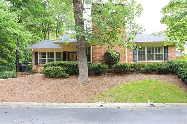 6417 W Deer Hollow Way, Peachtree Corners, GA 30092 (MLS #6746263) :: Vicki Dyer Real Estate