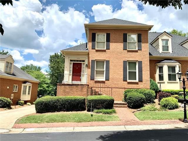 6153 Forest Hills Drive, Peachtree City, GA 30092 (MLS #6746973) :: North Atlanta Home Team