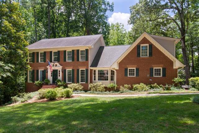 545 Junction Point, Roswell, GA 30075 (MLS #6746985) :: The North Georgia Group
