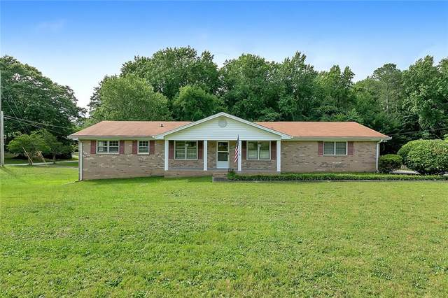 3760 Rogers Drive, Douglasville, GA 30134 (MLS #6747416) :: The Hinsons - Mike Hinson & Harriet Hinson