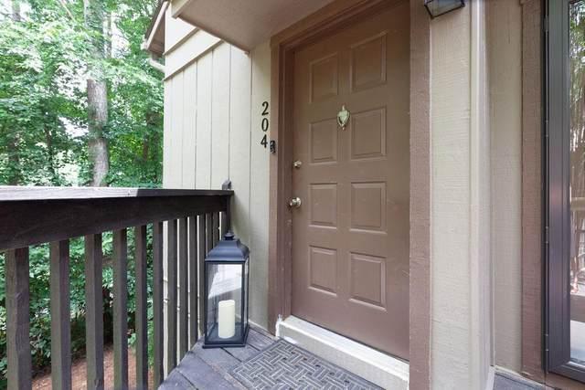 204 Cumberland Court SE, Smyrna, GA 30080 (MLS #6748183) :: Dillard and Company Realty Group