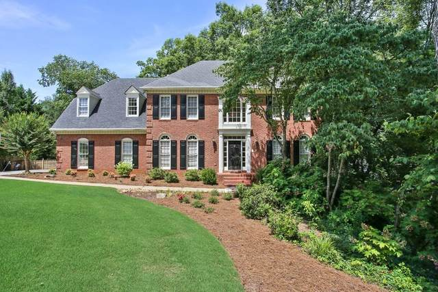 4414 Dunmore Road NE, Marietta, GA 30068 (MLS #6748314) :: The Hinsons - Mike Hinson & Harriet Hinson