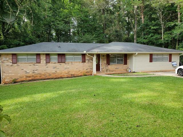 6400 Amber Drive, Douglasville, GA 30135 (MLS #6748616) :: KELLY+CO