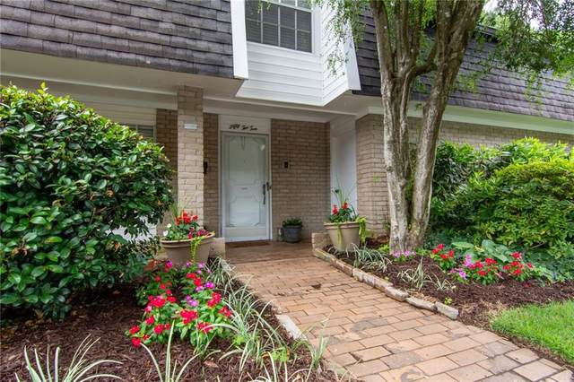 5210 Chemin De Vie, Atlanta, GA 30342 (MLS #6748858) :: North Atlanta Home Team