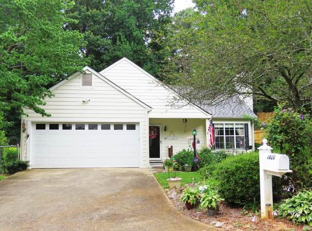 1820 Crescent Hill Drive NW, Acworth, GA 30102 (MLS #6749258) :: Kennesaw Life Real Estate