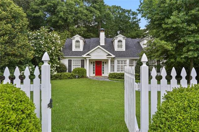 2860 Castlewood Drive NW, Atlanta, GA 30327 (MLS #6749443) :: The Hinsons - Mike Hinson & Harriet Hinson