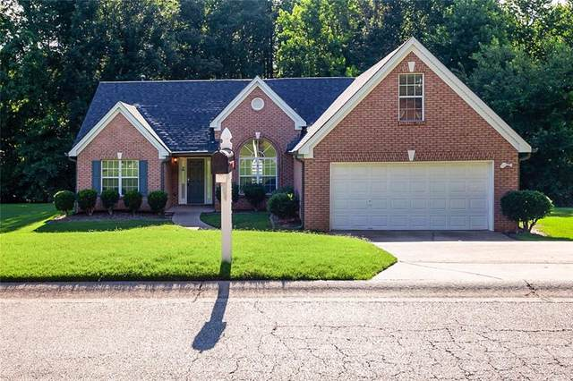5383 Valley Forest Way, Flowery Branch, GA 30542 (MLS #6749721) :: The Heyl Group at Keller Williams