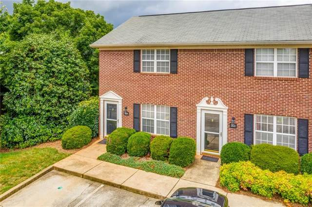 2834 Florence Drive, Gainesville, GA 30504 (MLS #6750074) :: The Heyl Group at Keller Williams