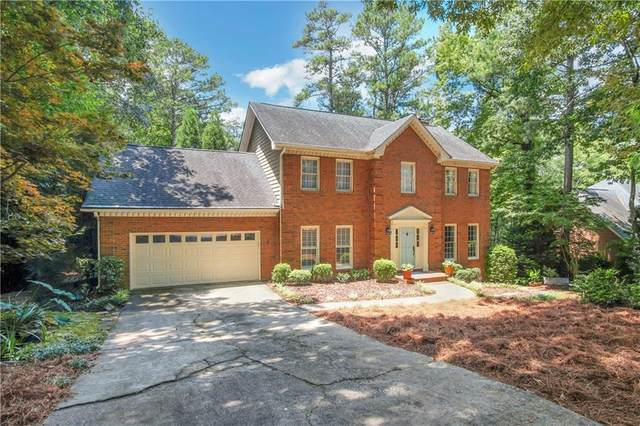 2745 Woods Ridge Drive, Alpharetta, GA 30022 (MLS #6750716) :: Kennesaw Life Real Estate