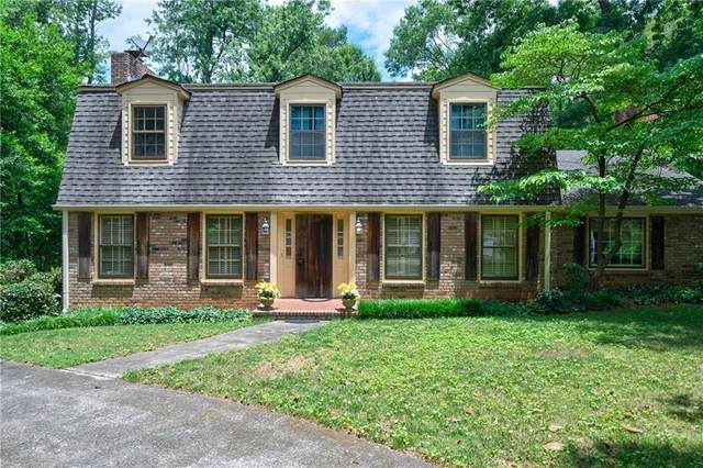 6205 Aberdeen Drive, Sandy Springs, GA 30328 (MLS #6751986) :: North Atlanta Home Team