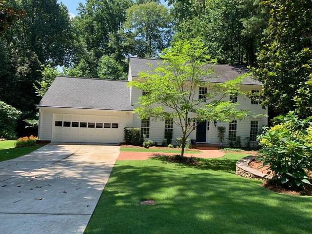 5050 Riverhill Road Road NE, Marietta, GA 30068 (MLS #6752371) :: The Cowan Connection Team