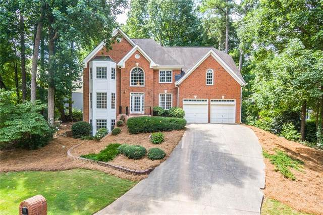 5621 Forkwood Drive NW, Acworth, GA 30101 (MLS #6752857) :: The Realty Queen & Team