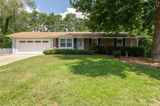 402 Pineland Road SW, Mableton, GA 30126 (MLS #6753835) :: Todd Lemoine Team