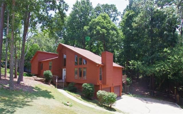 4198 Nowata Drive NE, Roswell, GA 30075 (MLS #6754634) :: North Atlanta Home Team