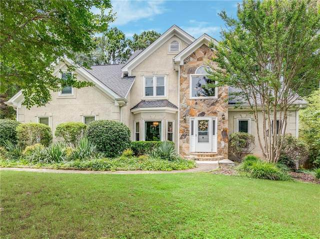 105 Glenridge Drive, Newnan, GA 30265 (MLS #6758117) :: The Heyl Group at Keller Williams