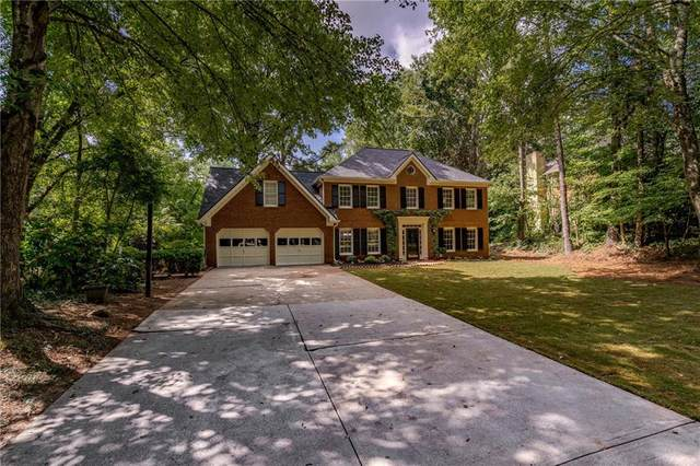 4600 Gilhams Road NE, Roswell, GA 30075 (MLS #6758160) :: The Cowan Connection Team