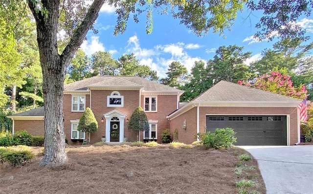 3035 Roxburgh Drive, Roswell, GA 30076 (MLS #6758817) :: North Atlanta Home Team