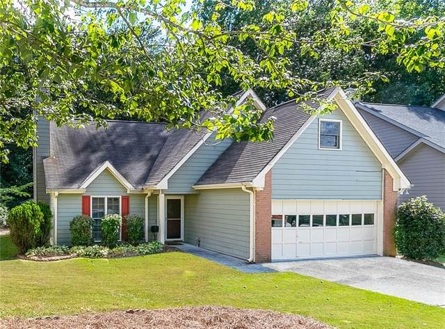 1140 Hunters Creek Court, Lawrenceville, GA 30043 (MLS #6759339) :: The Heyl Group at Keller Williams