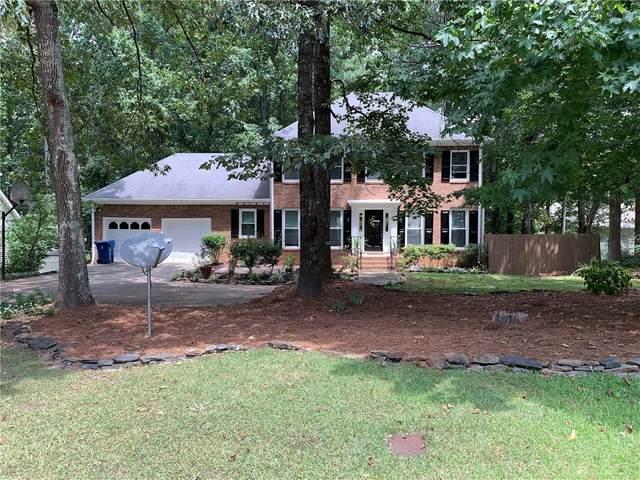 937 Pinbrook Drive, Lawrenceville, GA 30043 (MLS #6760640) :: The Heyl Group at Keller Williams