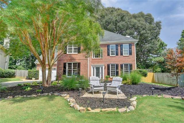 11140 Brookhollow Trail, Alpharetta, GA 30022 (MLS #6760800) :: Kennesaw Life Real Estate