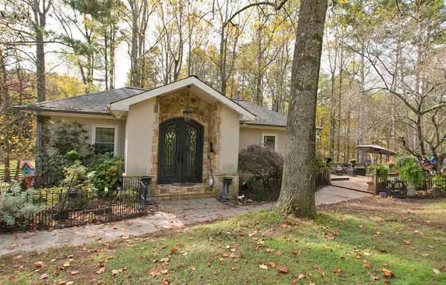 16560 Freemanville Road, Alpharetta, GA 30004 (MLS #6761209) :: North Atlanta Home Team