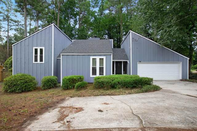 4572 Shallowford Road, Roswell, GA 30075 (MLS #6763015) :: North Atlanta Home Team