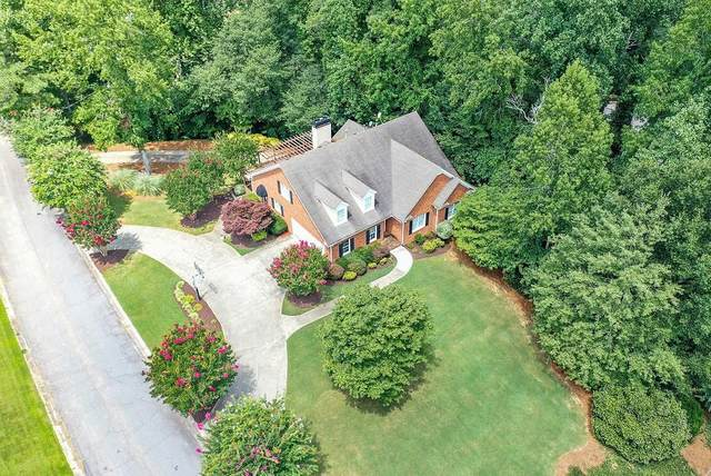 3161 Garden Lane Drive, Marietta, GA 30062 (MLS #6764018) :: Charlie Ballard Real Estate