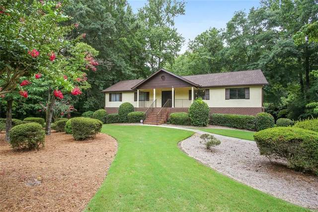 716 Somerset Drive, Lawrenceville, GA 30046 (MLS #6764501) :: North Atlanta Home Team