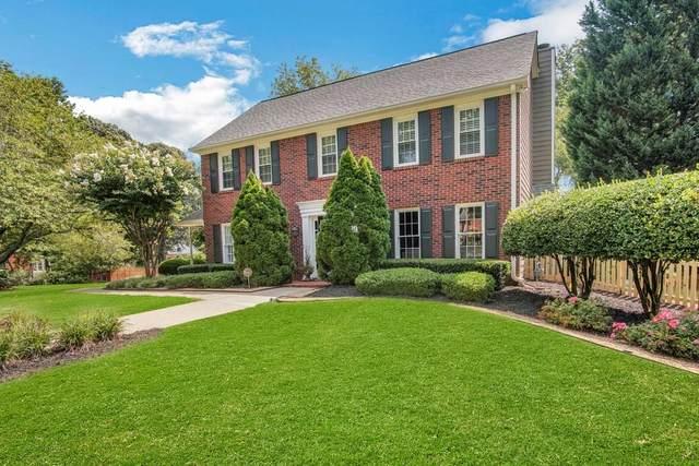 1822 N Chestnut Grove Drive, Marietta, GA 30066 (MLS #6764964) :: The Heyl Group at Keller Williams