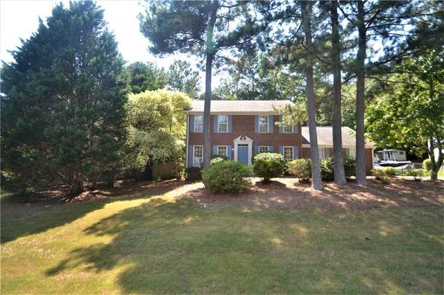 2955 Emerson Lake Drive, Snellville, GA 30078 (MLS #6766603) :: North Atlanta Home Team