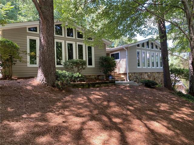 1807 Withmere Way, Dunwoody, GA 30338 (MLS #6767034) :: Keller Williams