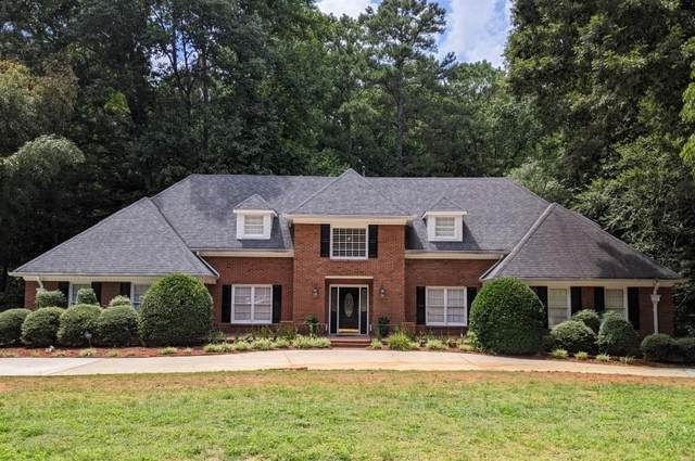 5790 Silver Ridge Drive, Stone Mountain, GA 30087 (MLS #6767599) :: The Realty Queen & Team