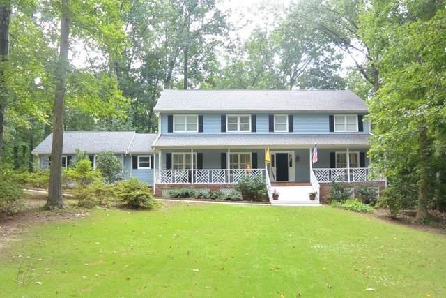 1759 Mountain Glen, Stone Mountain, GA 30087 (MLS #6769911) :: North Atlanta Home Team