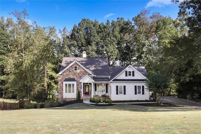 825 Lakeglen Drive, Suwanee, GA 30024 (MLS #6772037) :: North Atlanta Home Team