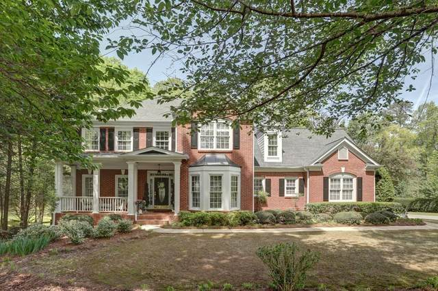 801 Lakemere Crest, Suwanee, GA 30024 (MLS #6772099) :: North Atlanta Home Team