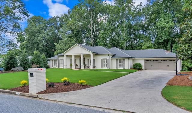 375 Fallen Leaf Lane, Roswell, GA 30075 (MLS #6773321) :: North Atlanta Home Team