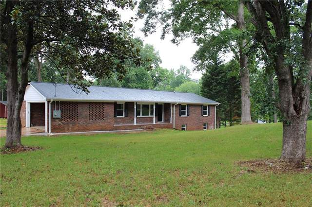 2913 NE Timberline Road NE, Marietta, GA 30062 (MLS #6773427) :: The Hinsons - Mike Hinson & Harriet Hinson