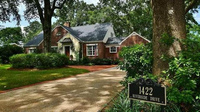 1422 Riverside Drive, Gainesville, GA 30501 (MLS #6773644) :: The Heyl Group at Keller Williams