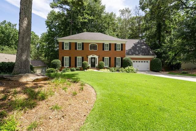 5172 Sandlewood Drive, Marietta, GA 30068 (MLS #6773868) :: The Hinsons - Mike Hinson & Harriet Hinson