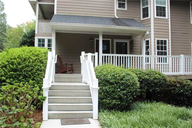 2111 N Forest Trail N, Dunwoody, GA 30338 (MLS #6773967) :: Kennesaw Life Real Estate